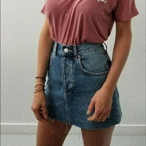NWT Levi's Mid Rise Raw Hem Denim Skirt